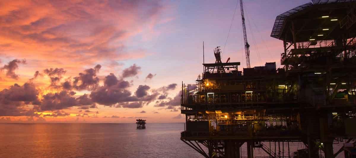 Oil Price 717.jpg
